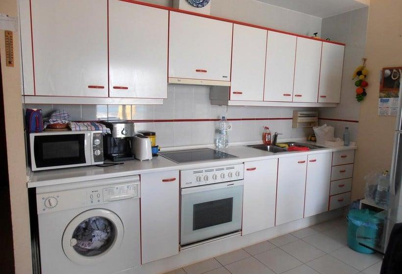 Apartamentos surfing 3000 penyiscola partir de 17 for Cuisine a 3000 euros
