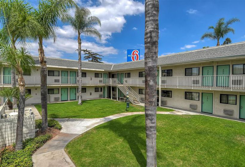 Motel 6 Anaheim Stadium - Orange, Orange: the best offers with Destinia
