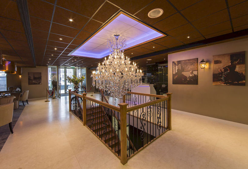 Hotel luxury suites amsterdam in amsterdam starting at for Best luxury hotel in amsterdam