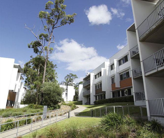 Griffith university village southport the best offers - Griffith university gold coast swimming pool ...